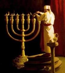 candelabro-de-7-brazos-en-el-templo