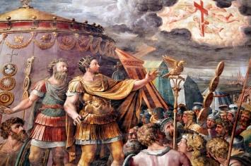 Constantino y cruz.jpg